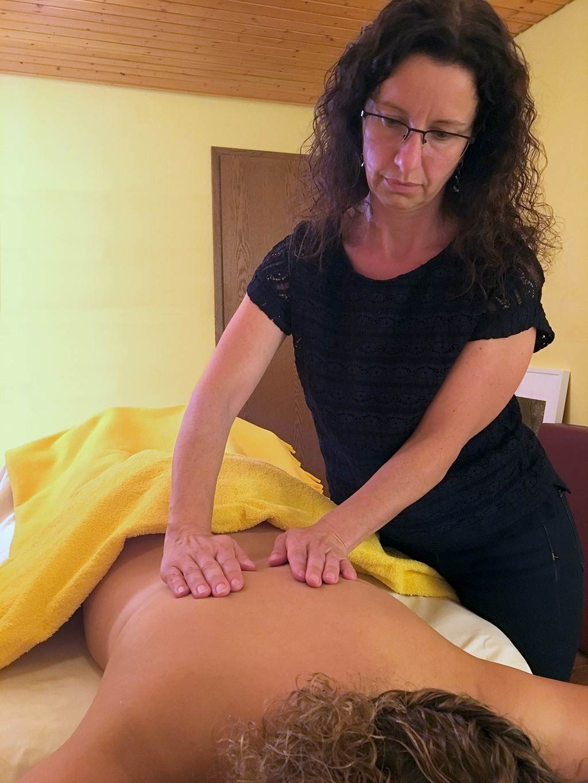 Massage von Irene Sester im Hotel Kalikutt
