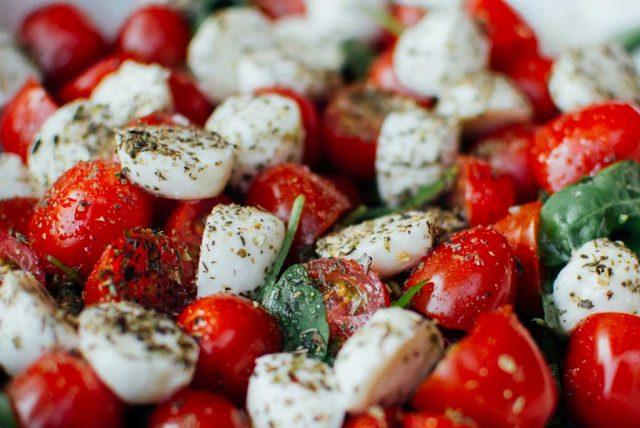 Reichhaltiges Salatbuffet